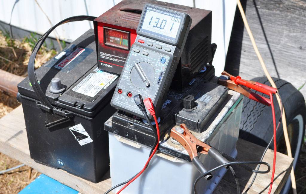 charging lead acid batteries
